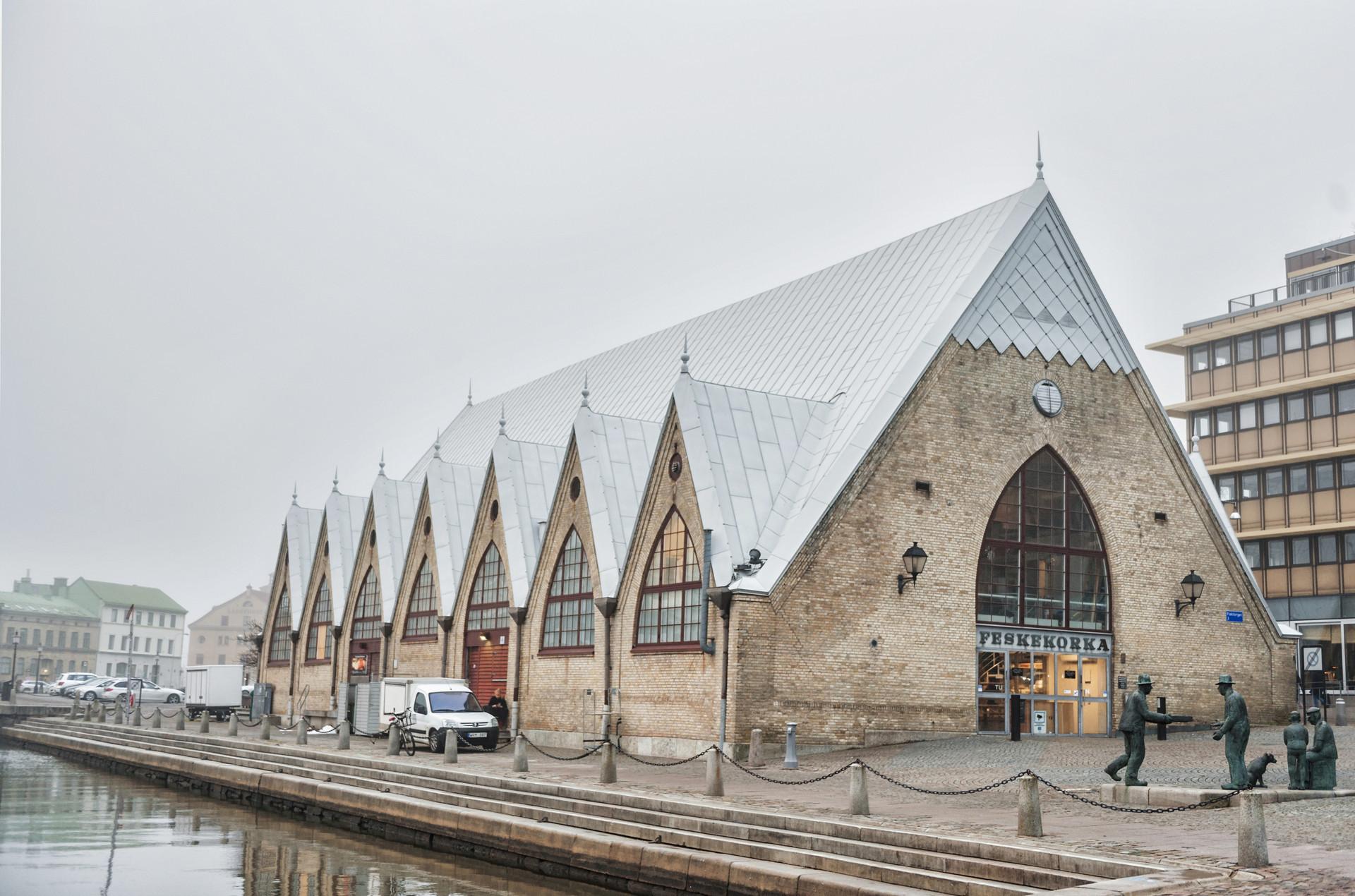 瑞典第二大城市,最初由荷兰人修建,被誉为小伦