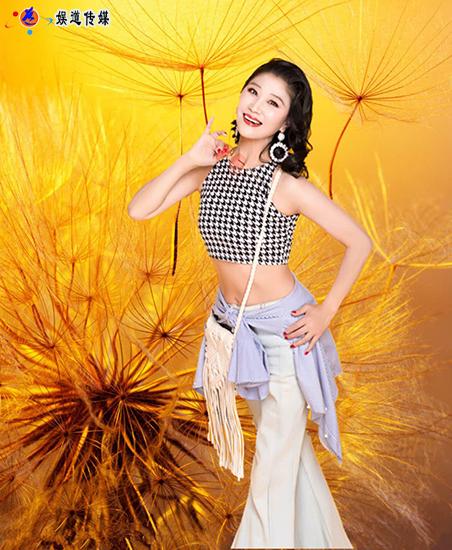<b>中国舞蹈家夏冰大型歌舞诗《龙船调的家</b>