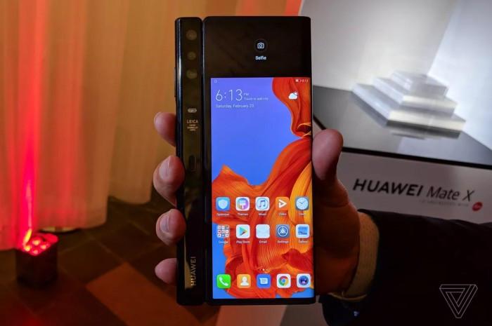Huawei Mate X 真机图赏与简评:约合1.75万人民币的照片 - 12