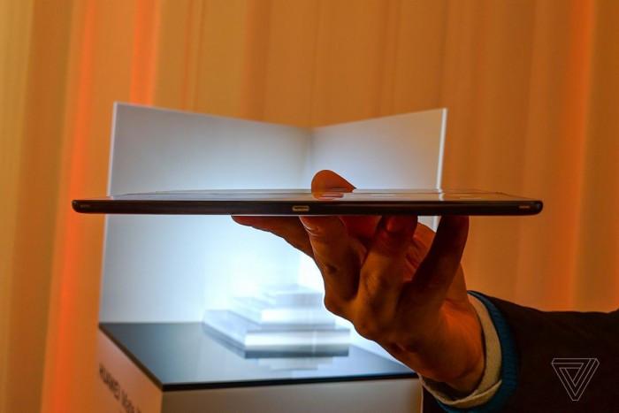 Huawei Mate X 真机图赏与简评:约合1.75万人民币的照片 - 17