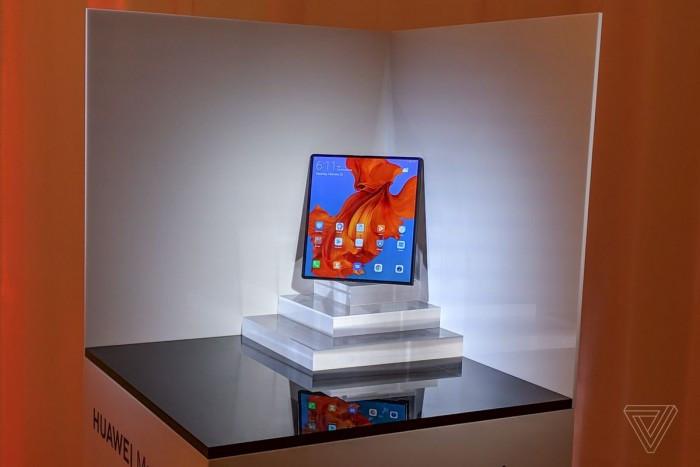 Huawei Mate X 真机图赏与简评:约合1.75万人民币的照片 - 1