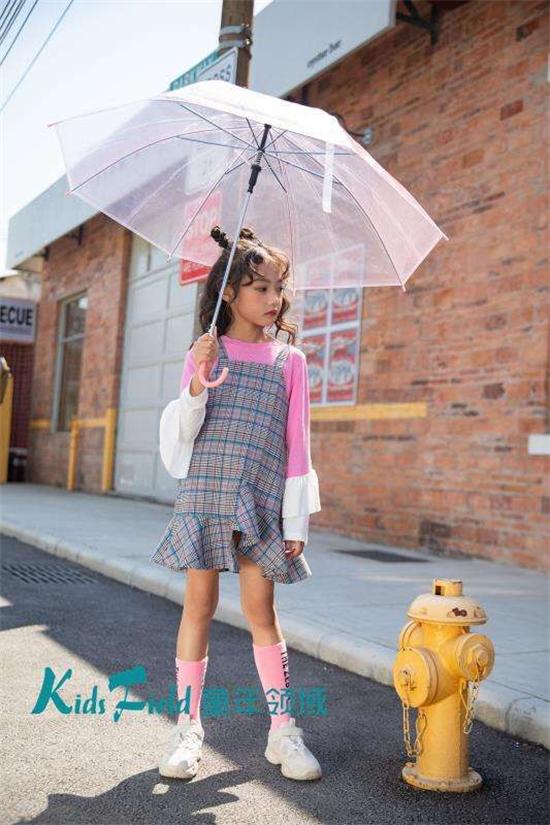 童年领域童装分享:小女孩搭配穿衣技巧