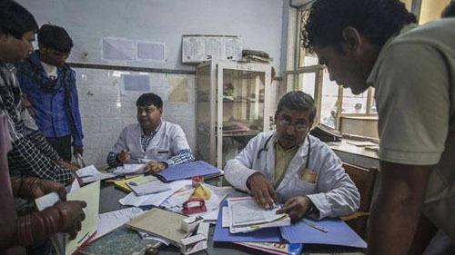 基层免费医疗方面为印度百姓解决了不少实际困难