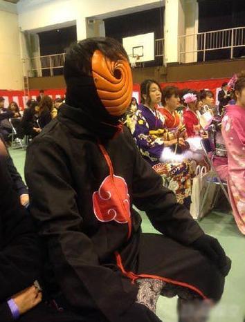 日本高中生毕业,有人cos初音未来,还是男的 趣闻八卦 第5张