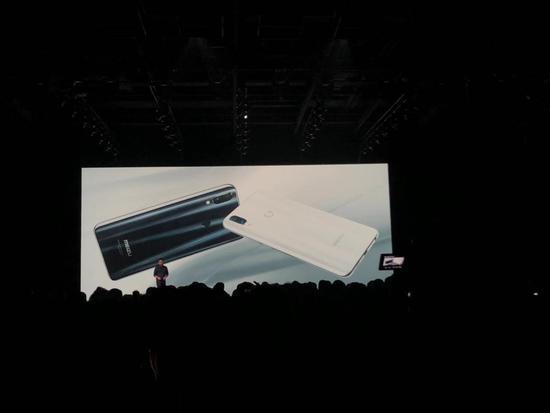 魅族Note9发布:800万元定制水滴屏 售价1398元起的照片 - 3