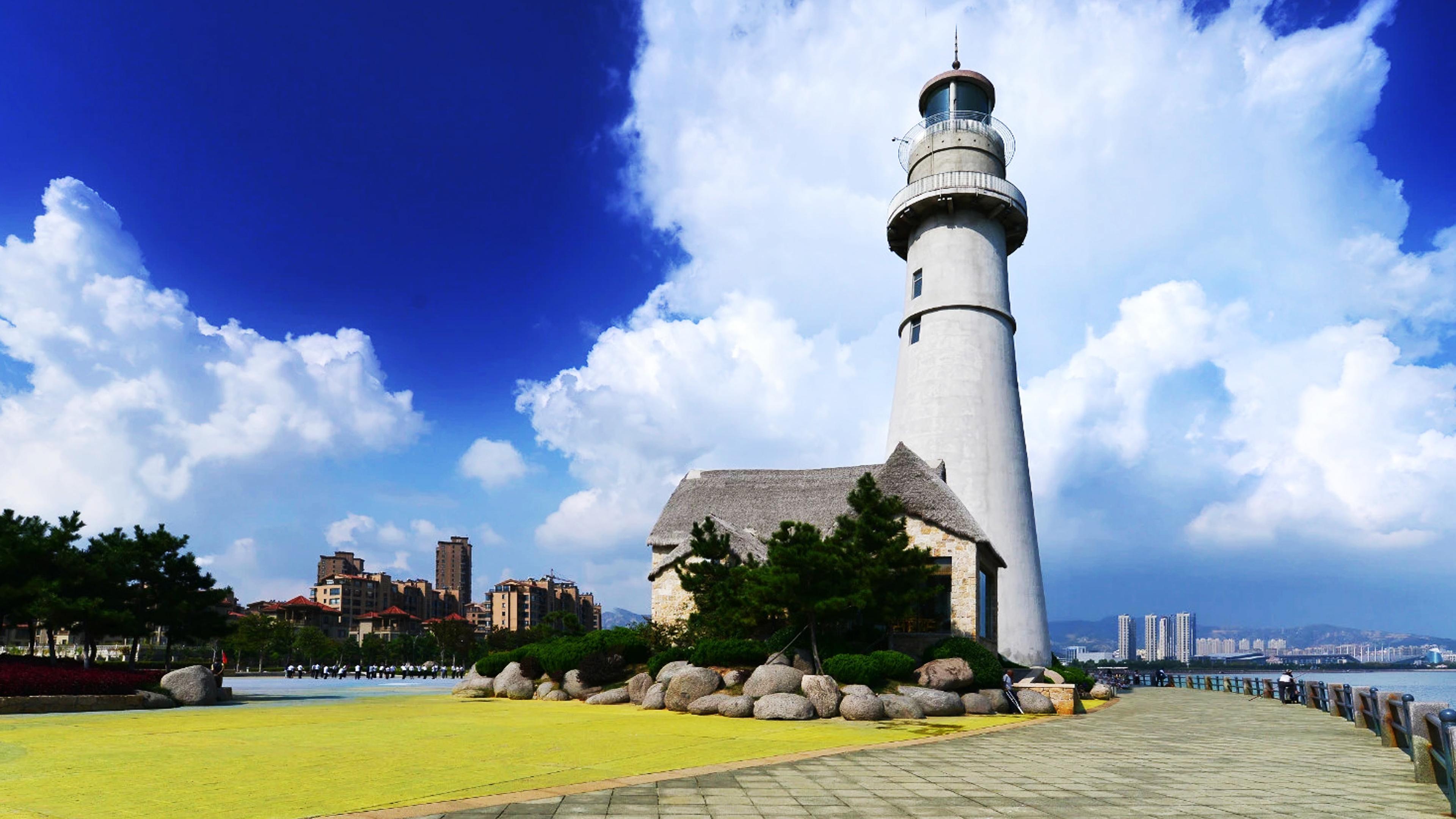 山东两座沿海最佳旅游城市,一座美丽而热情,一座十分宜居