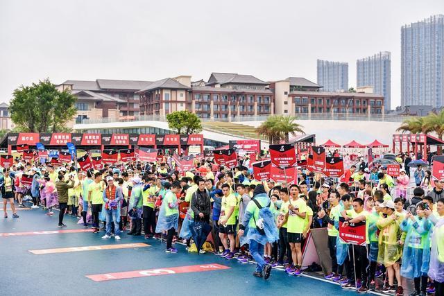 特步跑步生态圈新布局:打造企业跑团精英挑战赛,成立跑步学院