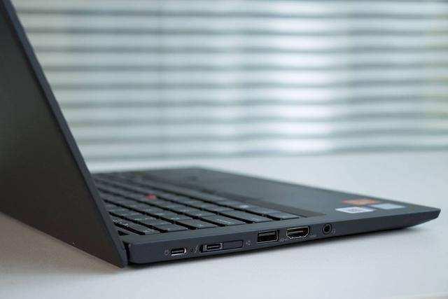 老牌轻薄便携稳定商务本之选:ThinkPad X280