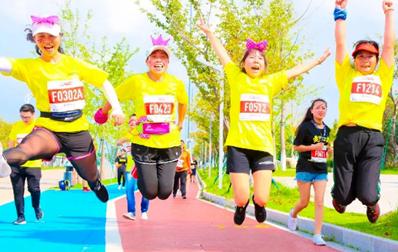 初春不跑步,盛夏啤酒肚,云南白药呼吁大众一起为健康奔跑