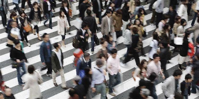 原创            人民大学国发院报告:提高劳动力市场化,要深化户籍和国企改革