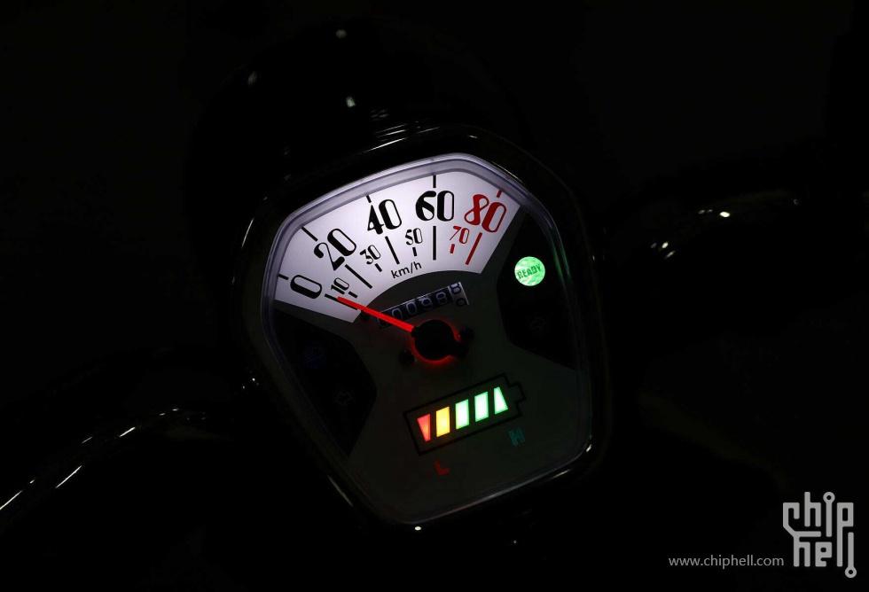 网购一辆电动摩托车详细开箱安装测评本田V3