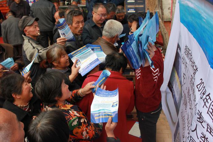 河南区举办金帝博增产药全国小麦粮王赛 湖北老乡都组团来战