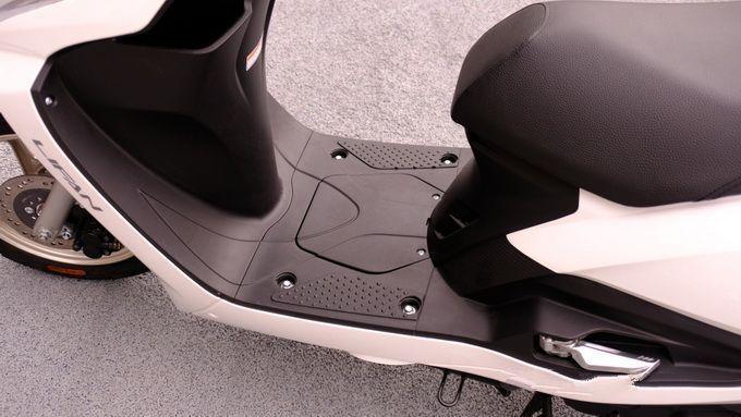 日常通勤代步小型电喷踏板车:力帆花韵