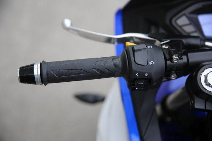 入门级街跑机车摩托车:台荣GP2仿赛车型