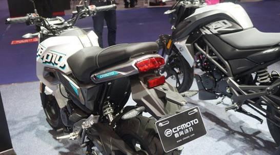 娱乐大玩具大排摩托MINI车型:春风 ST狒狒 CF125