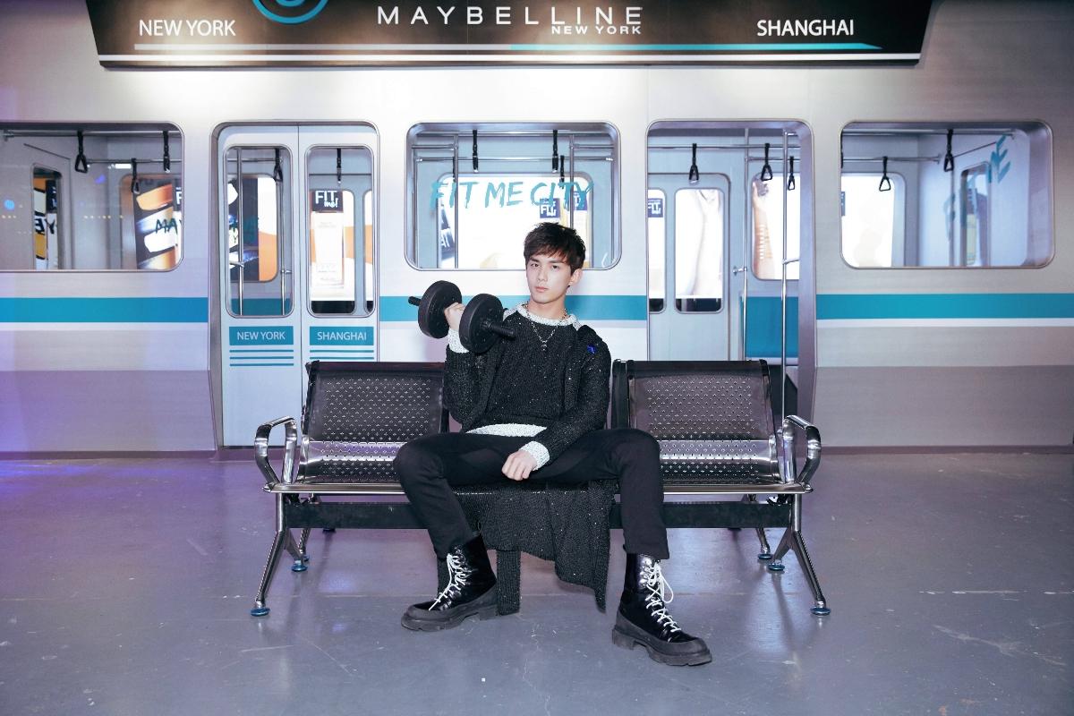 青年演员吴磊自嘲健身后像肌肉怪 未来盼演现代戏