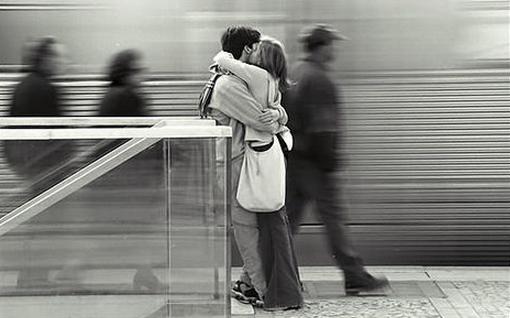 不要在这里接吻!——哪些国家禁止在公共场所接吻? 趣闻 第4张