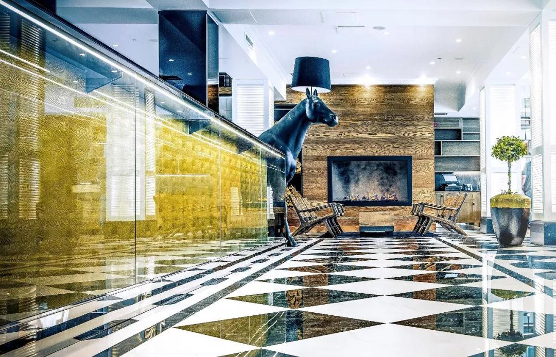 Lila Roberts Hotel