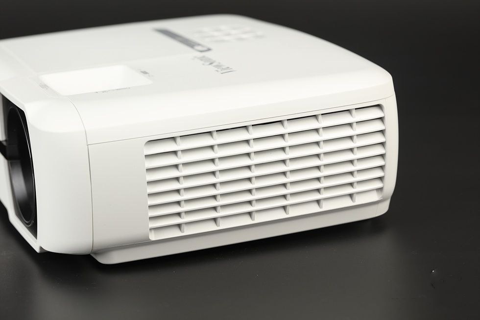 老牌厂商ViewSonic推出PX725HD入门级家庭投影仪