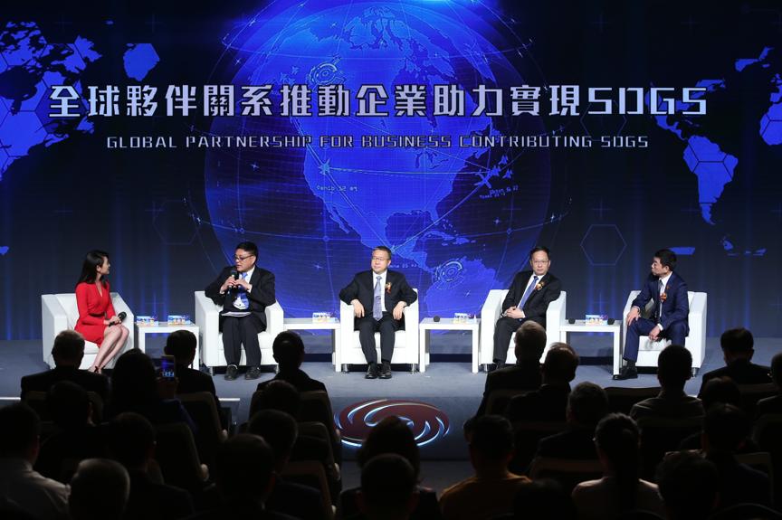 """长城汽车魏建军:""""一带一路""""是中国车企发展的第一加速器"""