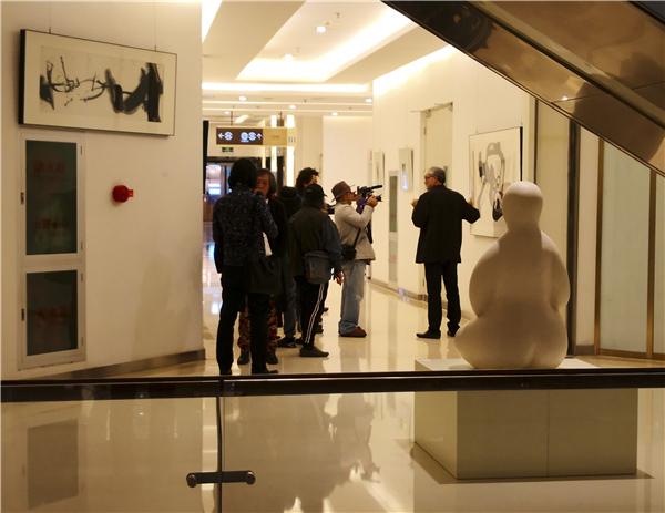 反兑水墨/邵岩当代水墨艺术展在金宝汇共享艺术空间开幕