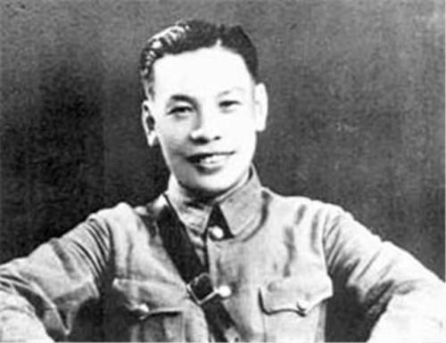 蒋经国的嫡系部队青年军为什么一个师打不过解放军一个团?_知识青年