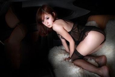 抵在 洗手台 挺进 撞击,新娘跪趴承受粗大撞击痛着也爱-图片来自猫扑养生网_www.domop.cc