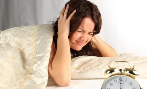 情绪不佳、压力大与失眠会使高血压患者的死亡风险增加三倍-图片来自猫扑养生网_www.domop.cc