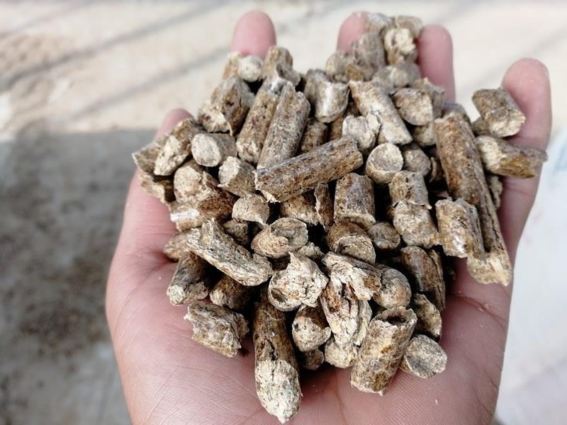 松木颗粒燃料的质量有热值、灰分、水分、成型度等几方面来决定