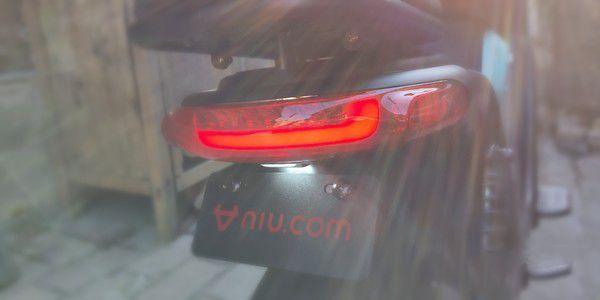 小牛U1都市版电动车测评:给老婆买好看够用