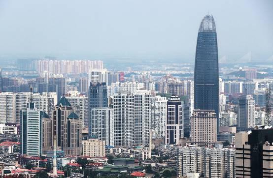 济南市两会GDP_烟台GDP超济南14年后差距急剧缩小 仅多136亿