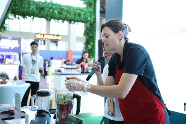 Vitamix于中国国际素生活博览会演绎多款人气产品,为蔬食美味添活力