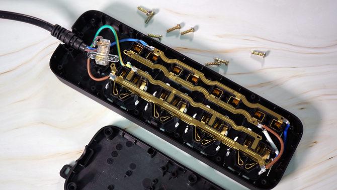 公牛延长线插座(B8系列)评测:安全最重要
