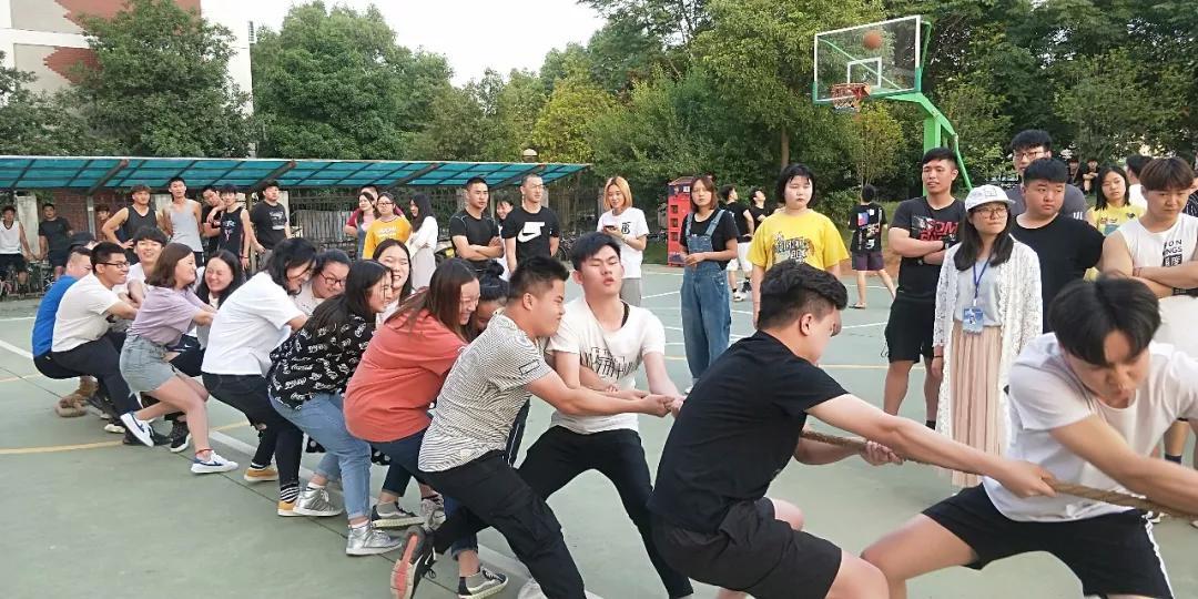 武汉工程大学继续教育学院学生课余活动