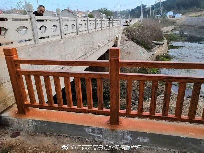 龙岩仿木桥梁栏杆建设图