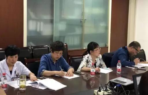 海安市召开一季度孕产妇危重症评审会