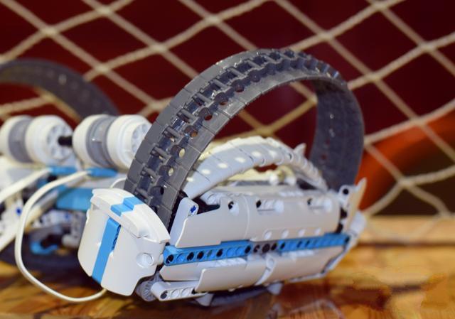 小米生态链下新产品反履机甲积木,媲美乐高可