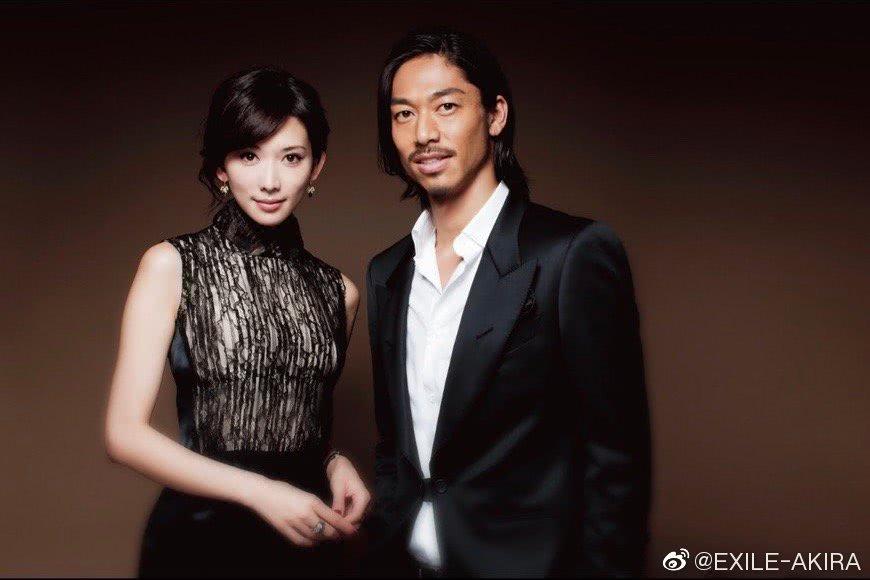 林志玲同日本男性艺人AKIRA结婚