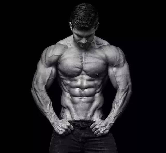 肱三头肌训练方案,男人需要强壮的手臂!