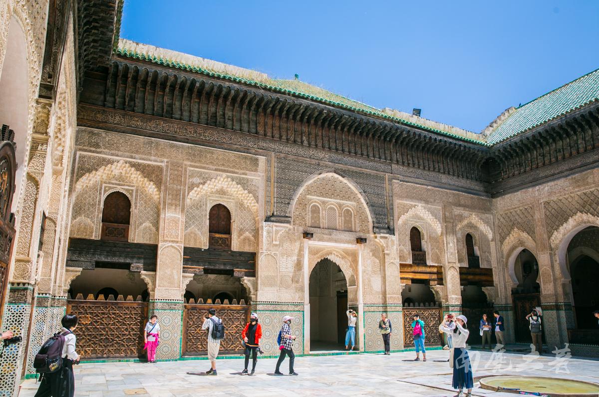 列入世界遗产名录的古城,上演现实版的王子与灰姑娘的故事