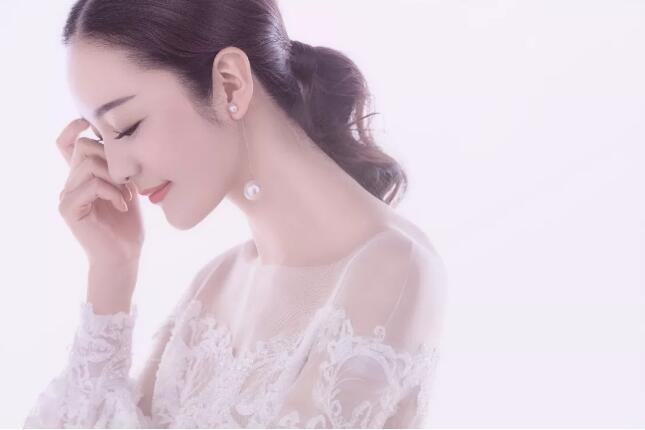 多种棚拍婚纱照的纯背景布光技巧!
