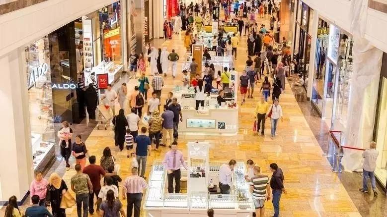 迪拜夏季特卖会3,500家店铺高达75%的折扣;迪拜房产信息