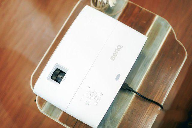 明基W2700投影仪 4K DCI-P3广色域 专业游戏影音