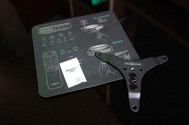 极米旗舰Z4X:买投影仪绕不过 家庭使用高性价比