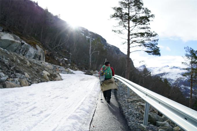 第一段陡峭的盘山公路