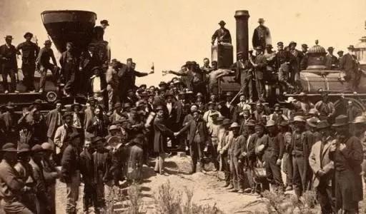 加拿大华人百年移民简史