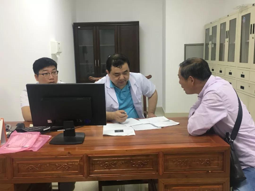 海安市中医院承办走遍中国前列县(腺)大型公益活动