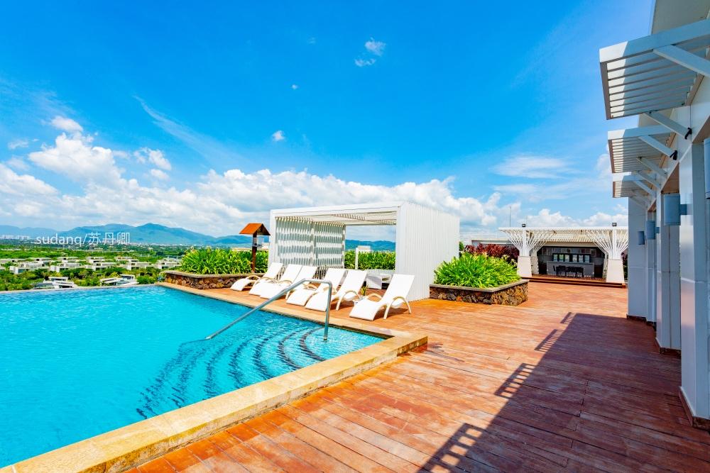 国内最风情的海滨城市,有东方夏威夷之称,酒店旅游非常发达