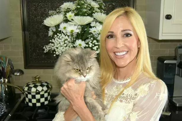 美夫妇花17万克隆宠物猫;澳大利亚下令五年屠猫两百万