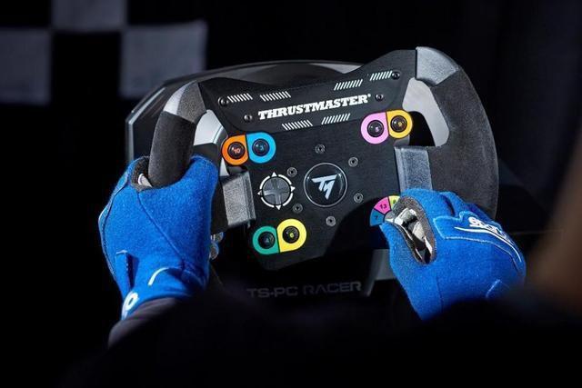 旗舰级电竞方向盘攻略:世界级模拟赛车方向盘